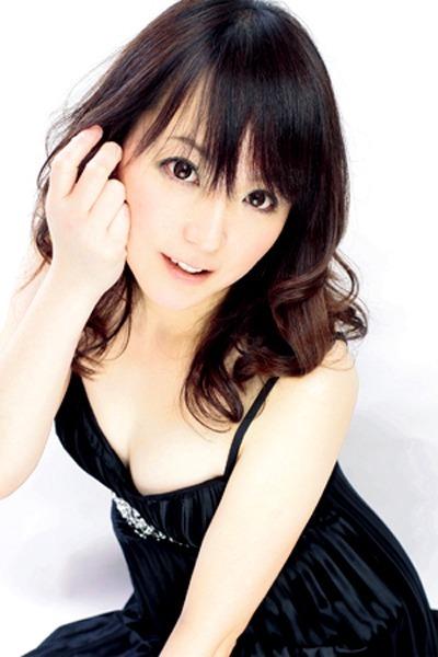 メイ(29)